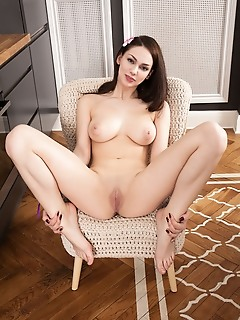 Hot girl shows everything