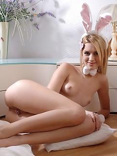Perfect free teen pantie pics free teen nude pics