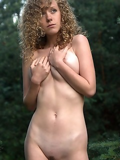 Timid picture of a naked girl softcore photography photos free