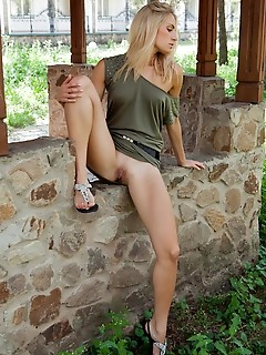 100 free teen pics hq erotica pics horny erotic teens free pictures of nude nude russian girl