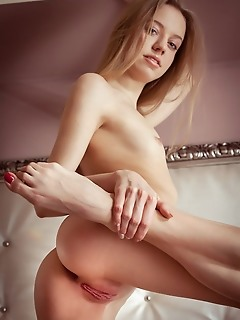 Kimberly kace kimberly kace lays comfortably in bed and shows off her magnificent, lithe body with long and slender legs