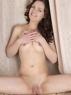 Amazing brunette posing