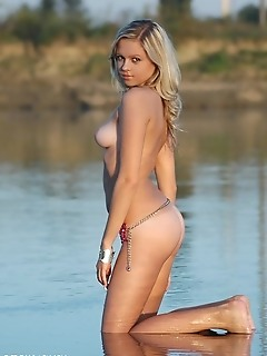 Amazing blonde naked gallery softcore photography thumb softcore photography babes gallery