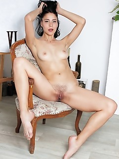 Callista b alluring callista b shows off her sexy body and unshaven pussy.