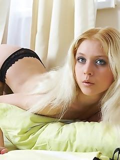 Gorgeous erotica nude virgins beauty