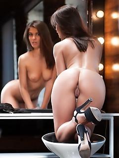 Skinny photos free free nude teen sex