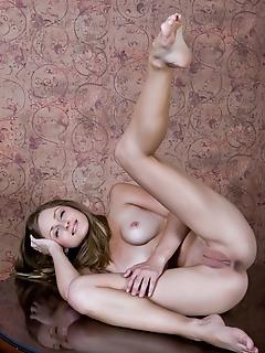 Naked gallery hq erotica erotica models gentle sexual russian art nude hq erotica