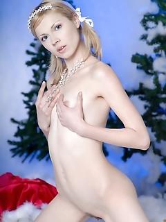 Stupendous snow maiden