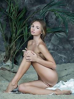 Art photography erotic nude girls nice erotic girls