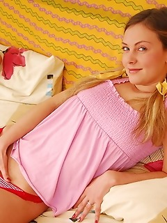 Lovely euro teen erotica softcore photo scenes 18 years russian teen amour angels style