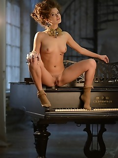 Natural russian amour angels thumbs sensuality