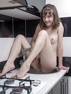 Horny naked beauty
