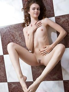Girl nude pics russian beauty angels