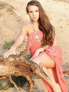 Free teen natural beauty girl pictures erotica girls tits free met art gallerys teen met art teen younger