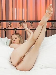 Teen erotic art photography free adult met art style