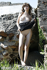 Erotic porn only artistic posing showy beauty outdoor beauty